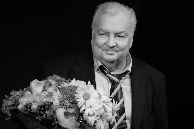 <b>Михаил Державин (15 июня 1936 — 10 января 2018)</b>. Советский и российский актер театра и кино, телеведущий, артист Московского академического театра сатиры. В 1989 году получил звание Народного артиста РСФСР
