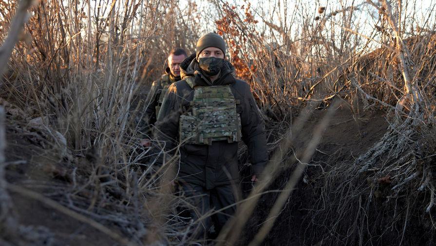 «Люди убегали»: в Киеве обсуждают план Зеленского на случай войны с Россией