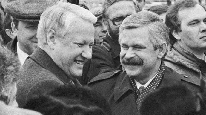 Президент России Борис Ельцин и вице-президент Александр Руцкой, 1992 год. Фото: ТАСС