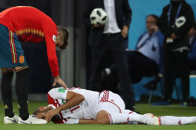 Во время матча группового этапа чемпионата мира по футболу между сборными Испании и Марокко в Калининграде, 25 июня 2018 года