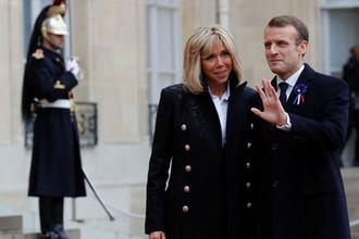 Президент Франции Эммануэль Макрон с супругой Брижит