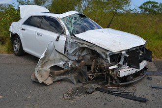 Автомобиль нападающего «Крузейро» Анселмо Рамона Chryster 300 после ДТП