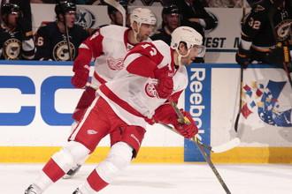 Форвард «Детройта» Павел Дацюк в последнем матче чемпионата НХЛ сделал две голевые передачи