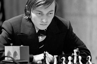 Анатолий Карпов, 1976 год