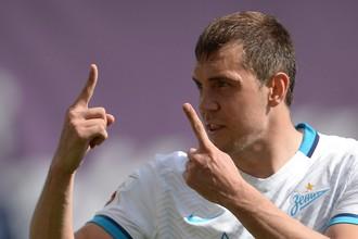 Нападающий «Зенита» Артем Дзюба ищет себе новую команду, чтобы получать регулярную игровую практику в преддверии чемпионата мира — 2018