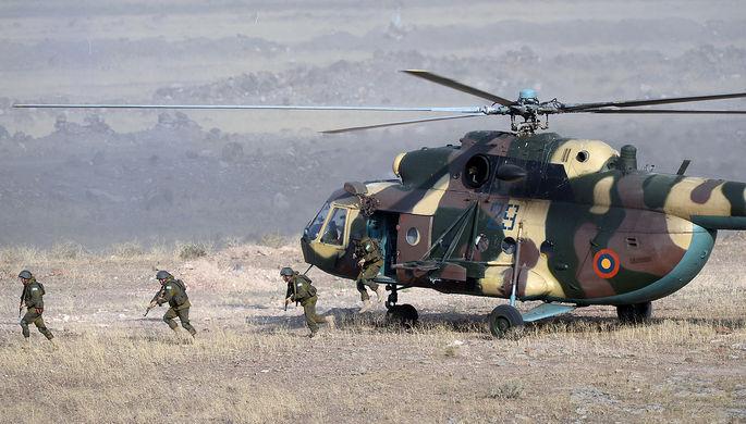Миротворцы минобороны Белоруссии во время совместных учений сил ОДКБ на полигоне Баграмян в Армении, 2015 год