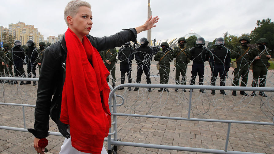 Глава штаба Виктора Бабарико Мария Колесникова во время акции протеста в Минске, 23 августа 2020 года