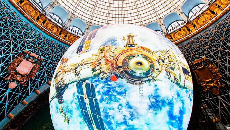 """""""В одиночку перлись"""": глава """"КосмоКурса"""" рассказал, почему не удалось отправить туристов в космос"""