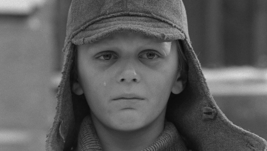 <b>&laquo;Восхождение&raquo; (1976)</b> <br>Съемки картины проходили в Муроме в самые холодные зимние дни&nbsp;- такое условие выдвинул Василь Быков. Это помогало актерам лучше войти в образ и почувствовать страдания своих персонажей. Последнюю, самую важную сцену фильма с мальчиком в буденовке переснимали 17 раз &mdash; так важно было режиссеру Ларисе Шепитько поймать и передать правильный взгляд ребенка