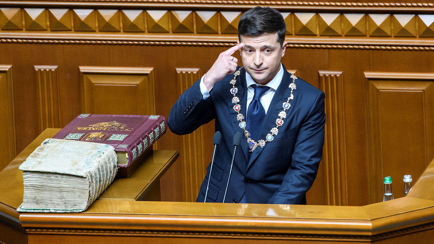 Зеленский отказался вести диалог с Россией