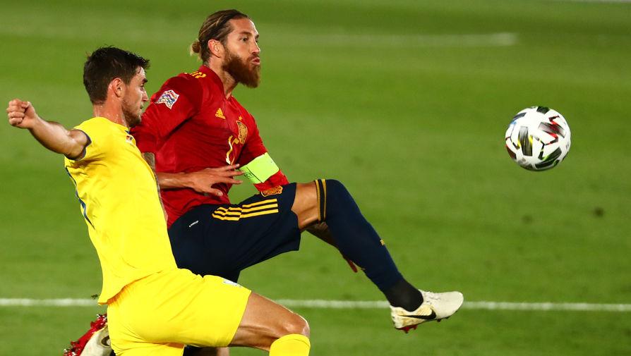 Серхио Рамос в матче Испания — Украина