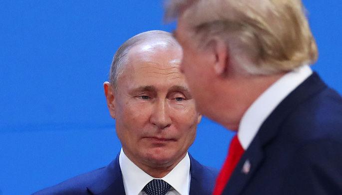 Президент России Владимир Путин и президент США Дональд Трамп на саммите G20, 30 ноября 2018 года