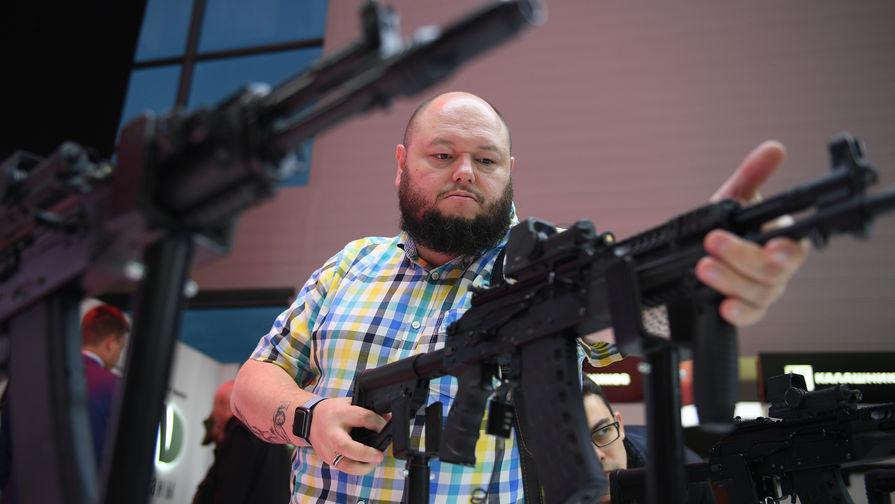 В лучших традициях: Россия начала поставлять АК-12 за рубеж