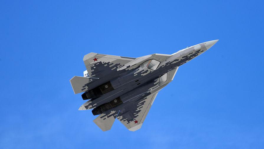 Летчик-испытатель оценил шансы Су-57 в бою с американским F-35