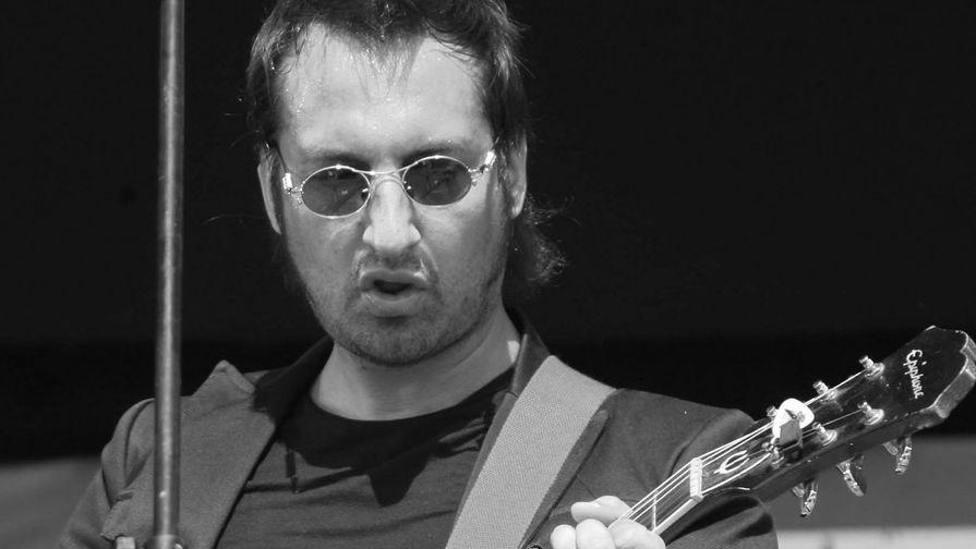Музыкант группы «Старый приятель» Александр Зарецкий