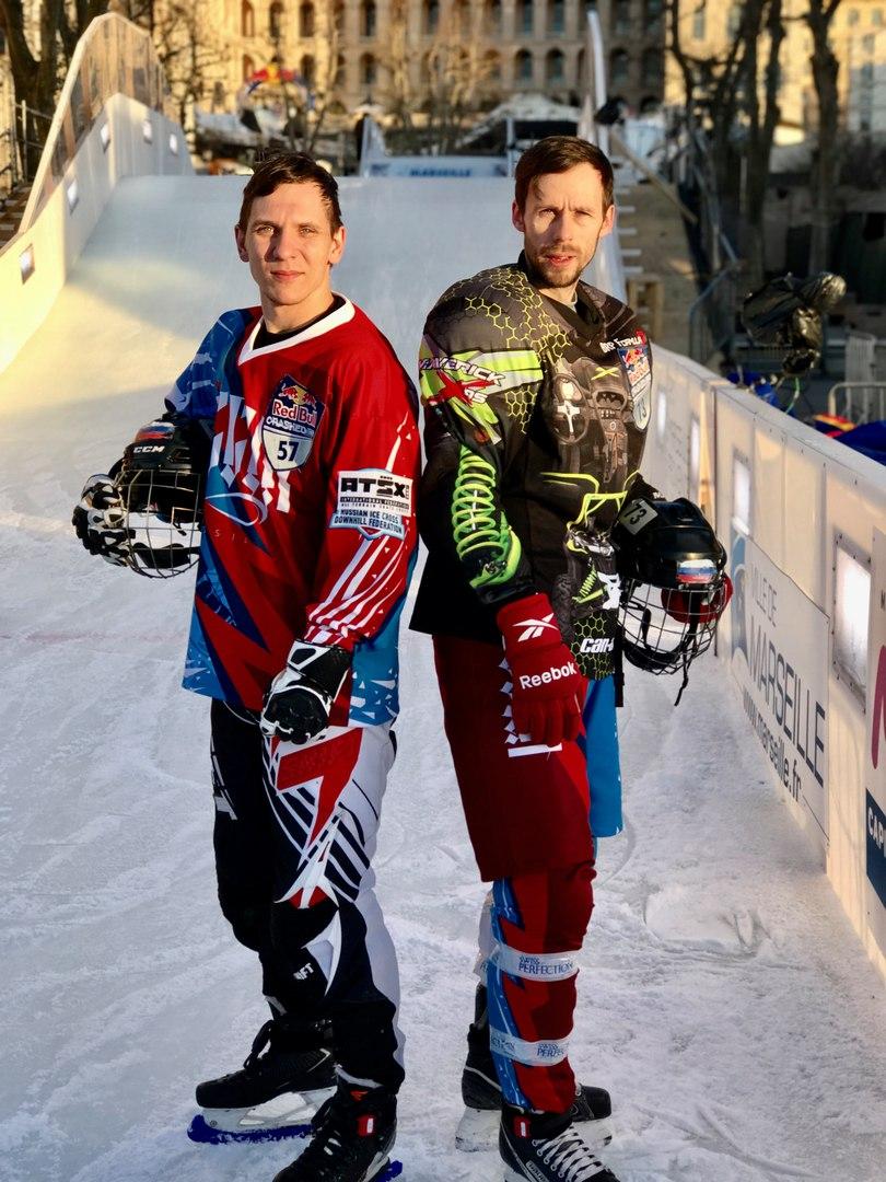 Денис Новожилов (слева) и Павел Крюков