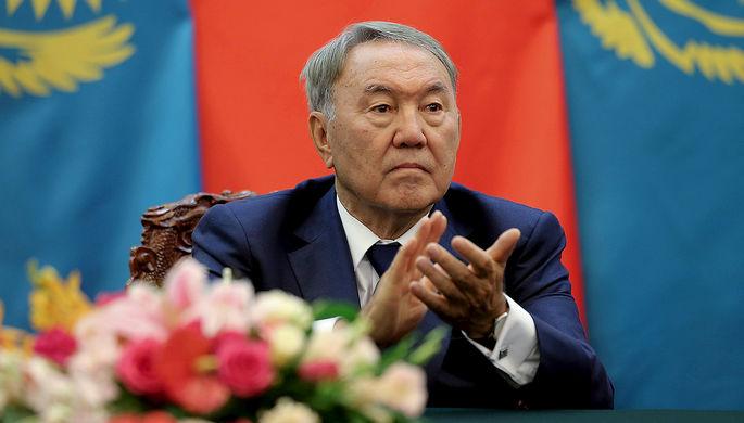 Президент Казахстана Нурсултан Назарбаев во время церемонии в Пекине, 2015 год