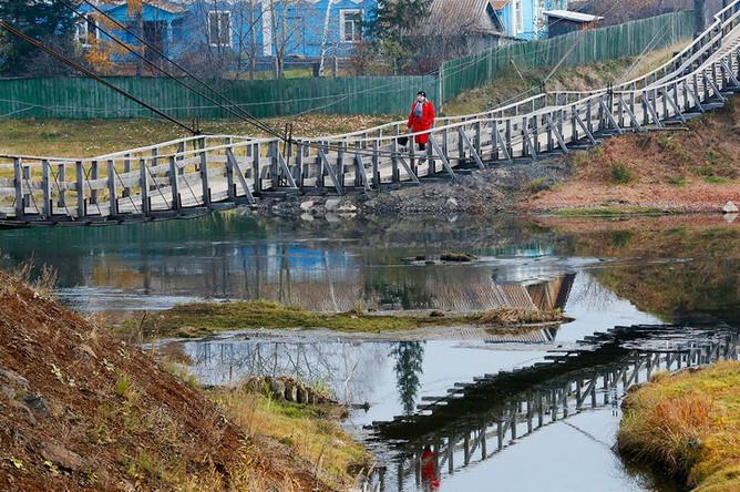 Мост через реку Усолка в селе Тасеево Красноярского края, 2014 год