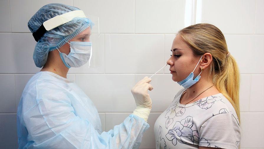 Голикова объяснила, зачем сдавать ПЦР-тесты привитым от коронавируса