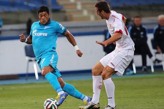 Халк (слева) был лучшим игроком «Зенита» в матче против «Уфы»