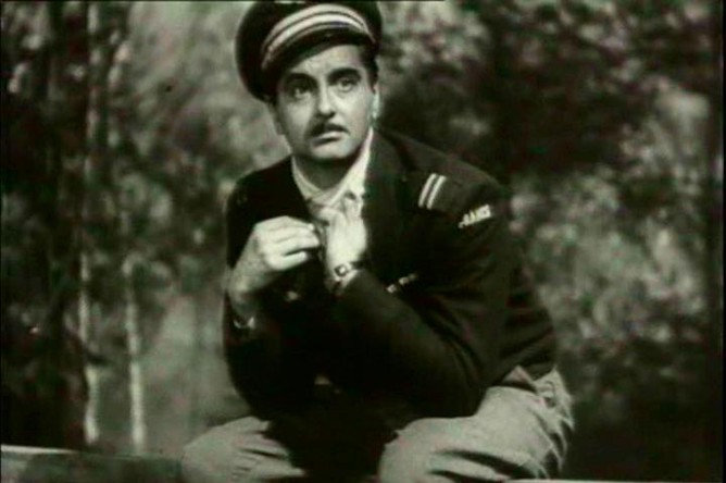 До начала своей режиссерской карьеры Юрий Любимов играл в Вахтанговском театре и снимался в кино: так, в фильме «Беспокойное хозяйство» (1946) он исполнил роль французского летчика Лярошеля
