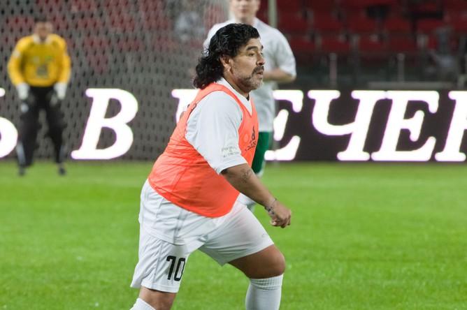 Матч звезд мирового футбола на открытии стадиона им. Ахмата Кадырова в Грозном. 2011 год
