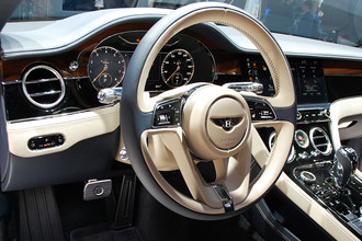 Интерьер Bentley Continental GT