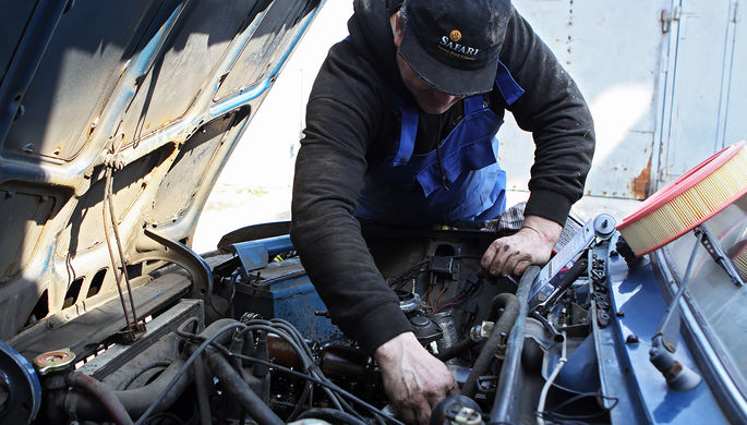 «Роскошь и понты»: как машины разоряют россиян