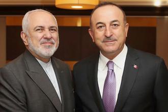 Главы МИД Ирана и Турции Мохаммад Джавад Зариф и Мевлют Чавушоглу