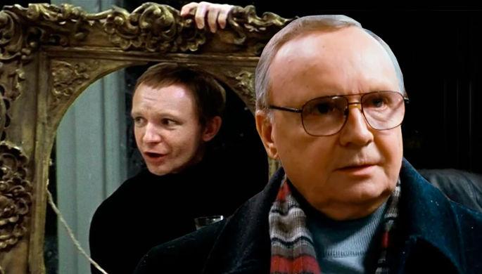 Андрей Мягков в кадре из фильма «Ирония судьбы, или С лёгким паром!» и «Ирония судьбы. Продолжение» (коллаж)