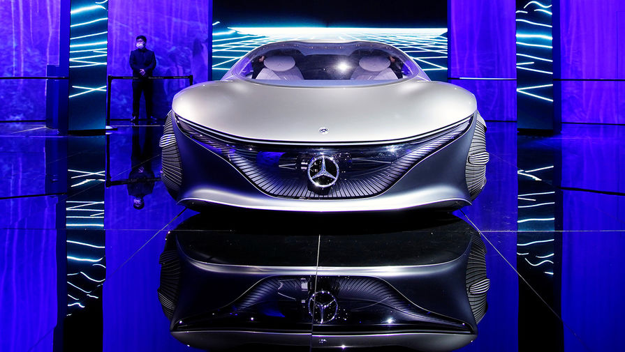 Концепт-кар Mercedes-Benz Vision AVTR на Шанхайском автосалоне, апрель 2021 года