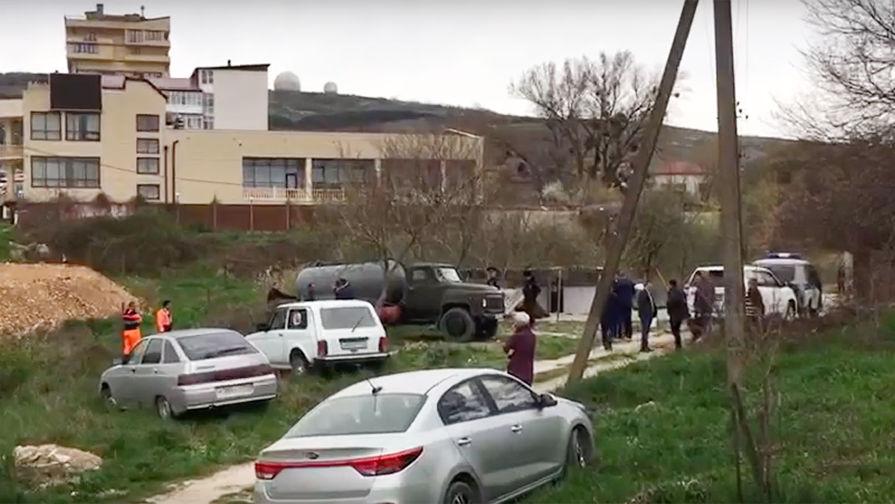 В Анапе пятилетний мальчик упал в водопроводный люк и погиб