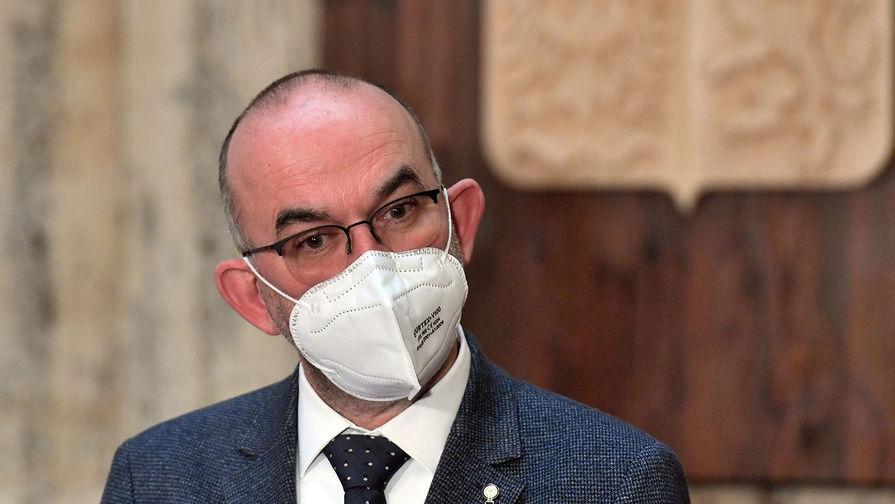 Премьер Чехии уволил главу минздрава после отказа закупить Спутник V