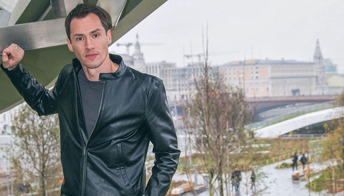 Алексей Баталов в кадре из фильма «Москва слезам не верит»