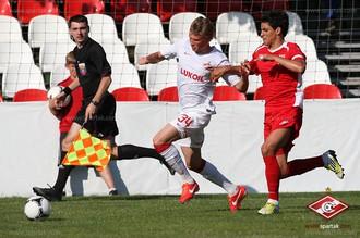 Защитник красно-белых Евгений Макеев надеется завоевать пятую звезду для московского «Спартака»