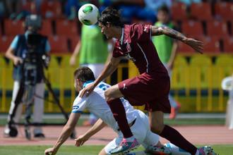Игроки «Рубина» вышли на матч с «Зенитом» с новой эмблемой на футболках