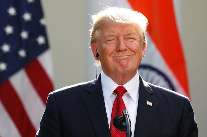 Президент США Дональд Трамп во время пресс-конференции в саду Белого дома, июнь 2017 года