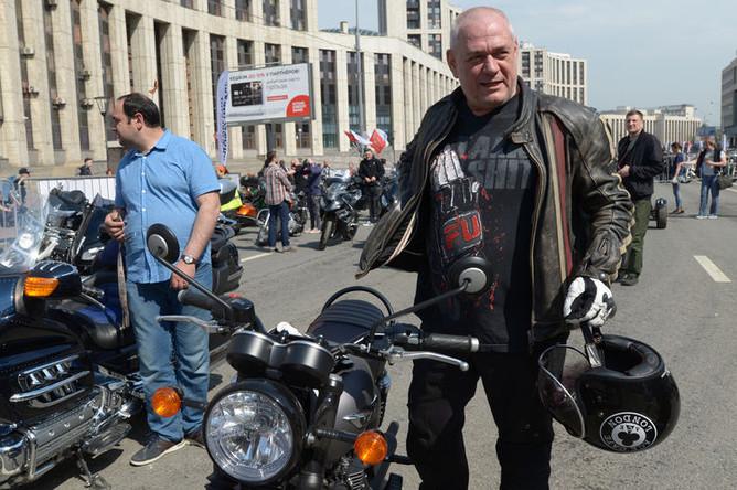 Главный редактор радиостанции «Говорит Москва» Сергей Доренко на мотофестивале в Москве, май 2018 года