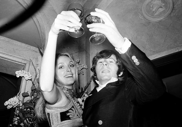 Роман Полански с супругой Шэрон Тейт на премьере фильма «Ребенок Розмари» в Лондоне, 1969 год