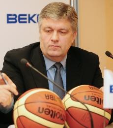 Гинас Руткаускас