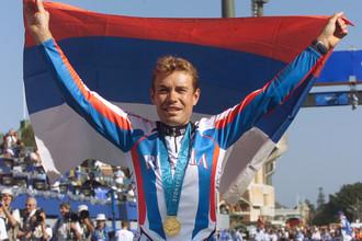 В Сиднее-2000 Екимов выиграл золото в «разделке»