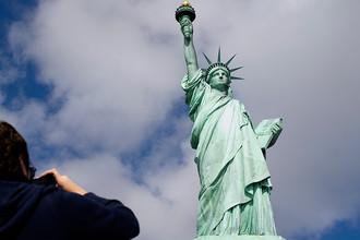 Статуя Свободы входит в число самых фотографируемых достопримечательностей мира