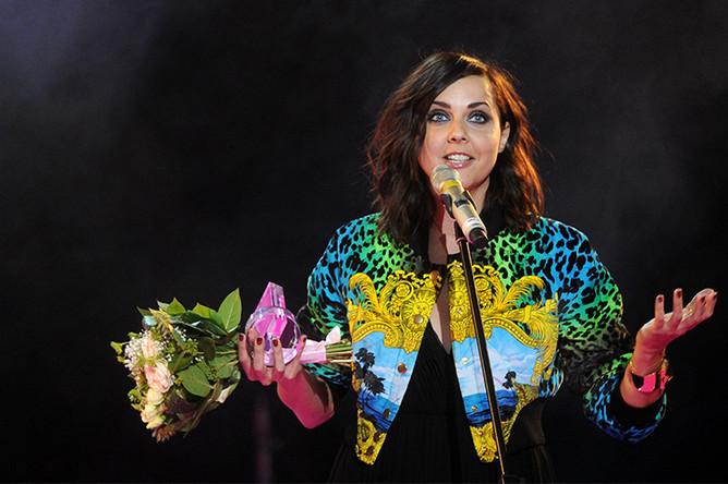 В 2011 году Ольга Шелест получила премию в номинации «Дива года» на VII церемонии вручения премии «Женщина года журнала Glamour»