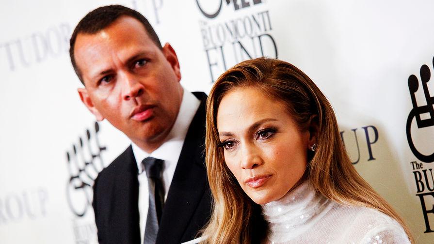 Алекс Родригес и Дженнифер Лопес во время мероприятия в Нью-Йорке, сентябрь 2018 года