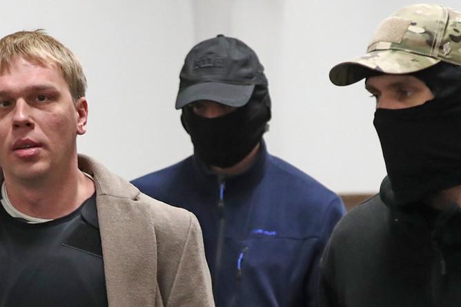 Журналист Иван Голунов в здании Басманного суда перед рассмотрением жалобы о бездействие следствия по своему делу, ноябрь 2019 года