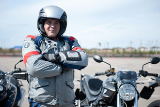 Владимир Бурцев, инструктор мотошколы BMW