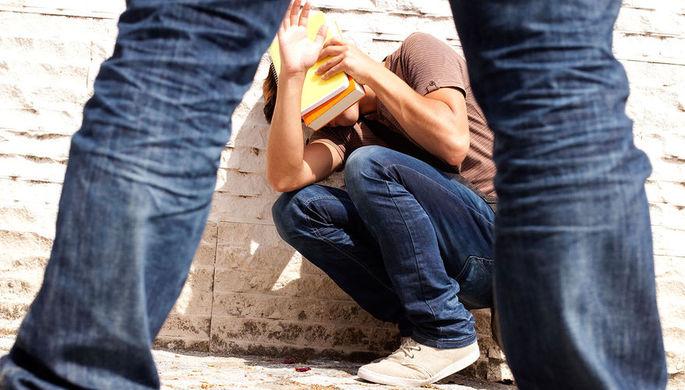 «Разорвали губу, сломали нос»: почему убивают подростки