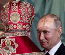 Президент России Владимир Путин и патриарх Московский и всея Руси Кирилл на пасхальном богослужении в храме Христа Спасителя, 28 апреля 2019 года