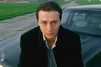 Сергей Безруков в телесериале «Бригада» (2002)