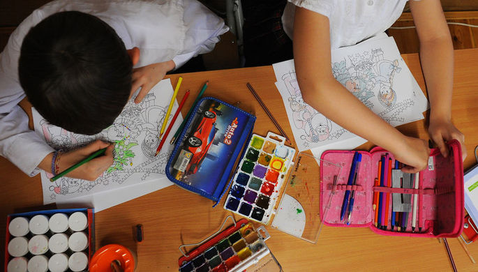Была ли гей-пропаганда: полиция проверит рисунки школьников
